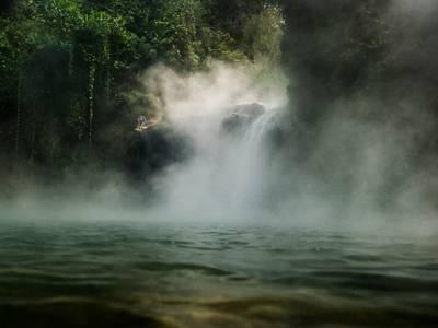 دنیا کا واحد دریا جس کا پانی ابلتا رہتا ہے، ایسا کیسے ممکن ہے؟ وجہ ایسی کہ جان کر آپ بھی قدرت پر دنگ رہ جائیں گے