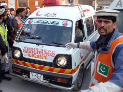 مظفر آباد:بس اور آئل ٹینکر میں تصادم،6 مسافر جاں بحق ،متعدد زخمی
