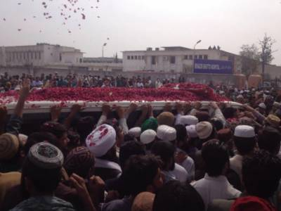 راولپنڈی میں ممتازقادری کی نمازجنازہ اداکردی گئی