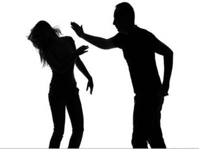 ڈیجیٹل مانیٹرنگ بریسلٹ ،متشدد شوہروں کا علاج