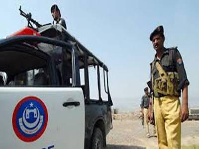 پولیس کاجوئے کے آڈے پر چھاپہ، 22 افراد گرفتار
