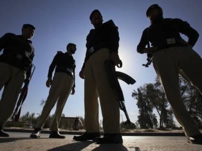کراچی ،شریف آباد تھانے پر نا معلوم افراد کا کریکر حملہ