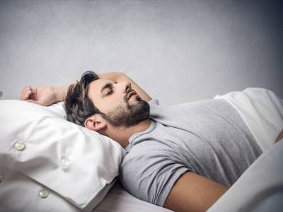 وہ 5 طریقے جن پر عمل کرکے آپ سوتے ہوئے بھی وزن کم کرلیں گے