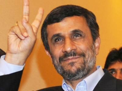 احمدی نژاد کا حسن روحانی کے مقابلے میں صدارتی الیکشن لڑنے کا اعلان