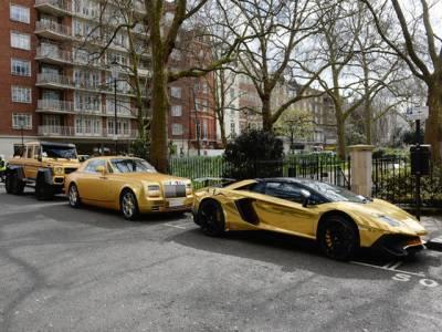 سعودی ارب پتی کی مہنگی گاڑیوں کے ساتھ برطانوی شہری کا 'سستا' مذاق، ایسی حرکت کر ڈالی کہ آپ بھی ہنسنے پر مجبور ہو جائیں گے