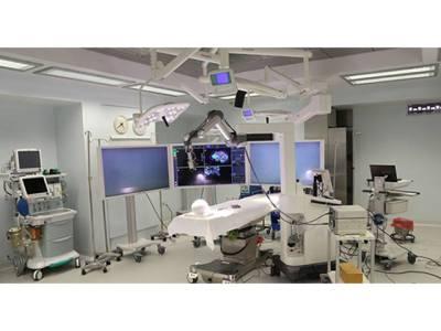 پاکستان کیلئے بڑا اعزاز، آغا خان ہسپتال میں ایسی شاندار سہولت متعارف کروادی گئی جو امریکہ سے باہر دنیا کے کسی ہسپتال میں میسر نہیں