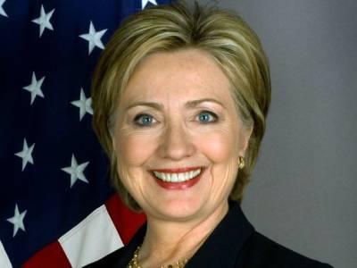میری کابینہ میں نصف خواتین ہونگی: ہیلری کلنٹن