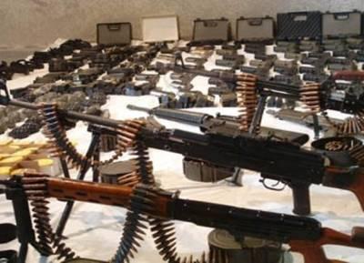 ژوب میں ایف سی کی بڑی کارروائی ،بھاری مقدار میں دھماکہ خیز مواد اور اسلحہ برآمد