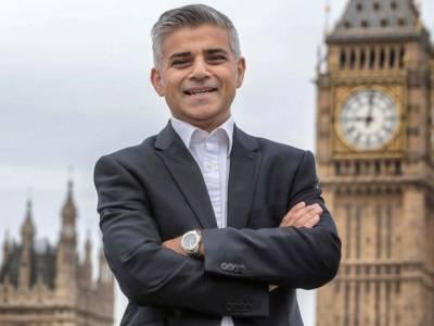 لندن کے نومنتخب میئر نے عہدے کا حلف اٹھا لیا