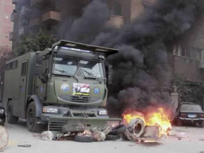 مصری دارالحکومت میں پولیس وین پر فائرنگ، 8اہلکار جاں بحق