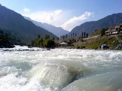 مالاکنڈ میں ٹرک دریائے سوات میں گرگیا ، ڈرائیور اور ہیلپر جاں بحق