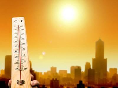 ملک بھر میں گرمی زوروں پر، دوپہر 2 بجے سب سے زیادہ درجہ حرارت ساہیوال اور ٹوبہ ٹیک سنگھ میں رہا