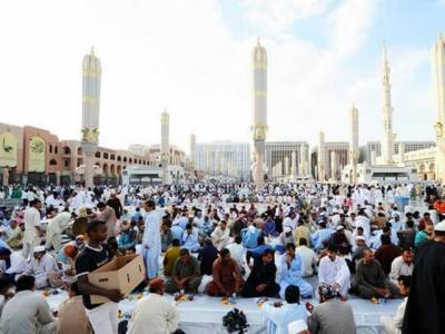 مسجد نبویﷺ میں ایک دسترخوان پر کتنا خرچہ آتا ہے؟وہ معلومات جو آپ کا ایمان گرما دیں گی