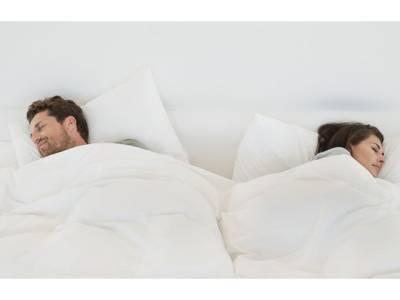 وہ کام جو اکثر مرد بستر میں کرتے ہیں، اس آدمی نے سوتے میں کیا تو بیوی نے مار مار کر لہو لہان کردیا، ایسا کیا کردیا؟ جان کر آپ بھی ہنس پڑیں گے