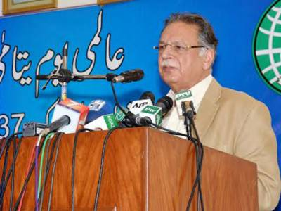 عمران خان نے پیسے کی خاطر پاکستانی کرکٹ ٹیم کیری پیکر کے ہاتھوں بیچی،وہ کسی اور پر کیسے انگلی اٹھا سکتے ہیں:سینیٹر پرویز رشید