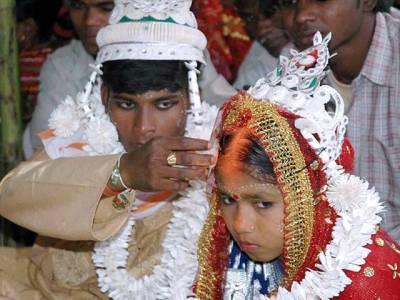بھارتی سیاستدان کے بیٹے کی شادی، تقریب سے ایک دن پہلے دلہن نے انکار کردیا تو ایک ایسی لڑکی کو دلہن بنادیا گیا کہ حقیقت سامنے آنے پر ملک میں ہنگامہ برپاہوگیا