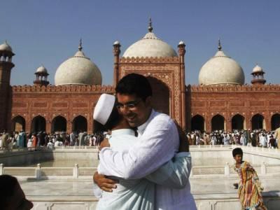 پاکستان، سعودیہ میں 30 سال بعد اکٹھی عید