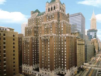 نیویارک میں پی آئی اے کے لیگزنٹن ہوٹل کی مبینہ فروخت ہائیکورٹ میں چیلنج