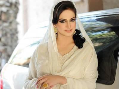اداکارہ نور کا انگلینڈ کا ویزالگ گیا