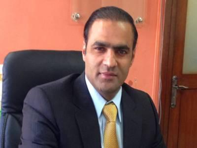 عابد شیر علی نے ڈاکٹر طاہر القادری اور عمران خان کو سوتیلے بھائی قرار دے دیا