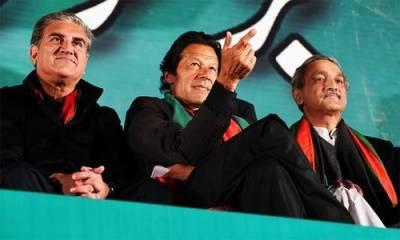 عمران خان سے سینئر رہنماﺅں کی ملاقات،حکوت کو ٹف ٹائم دینے کا فیصلہ
