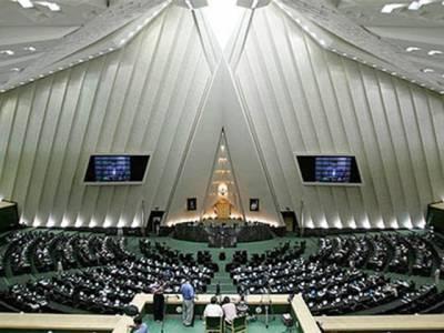 ہر حکومت مخالف پھانسی کی توقع رکھے: ایرانی رکن پارلیمنٹ
