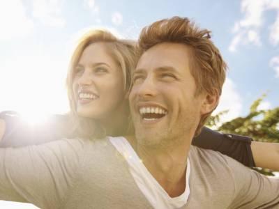 ذہین خواتین سے شادی کرنیوالوں کی عمر لمبی ہوتی ہے: تحقیق