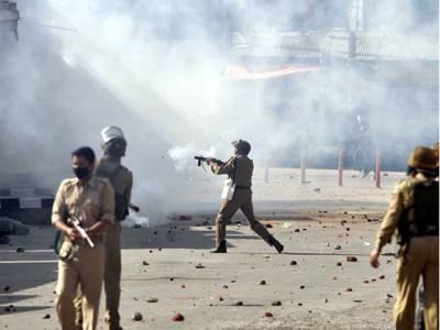 بھارتی دہشتگرد افواج کی کشمیری مظاہرین پر فائرنگ ، دسویں کلاس کے طالبعلم سمیت 5 افراد شہید