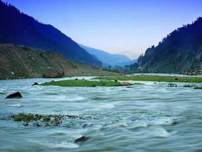 پشاور،سیلفی کا جنون،ایک ہی خاندان کے3افراد دریا میں ڈوب کرجاں بحق