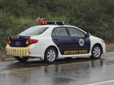 موٹروے پر مسلسل دوسری لین استعمال کرنیوالی گاڑیوں کیخلاف کارروائی شروع