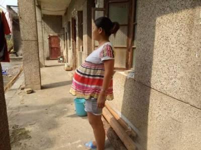 وہ خاتون جو گزشتہ 17 ماہ سے حاملہ ہے اور ابھی تک ماں نہیں بنی، یہ کیسے ممکن ہے؟ ایسا کیس سامنے آگیا کہ ڈاکٹروں کے بھی ہوش اڑگئے