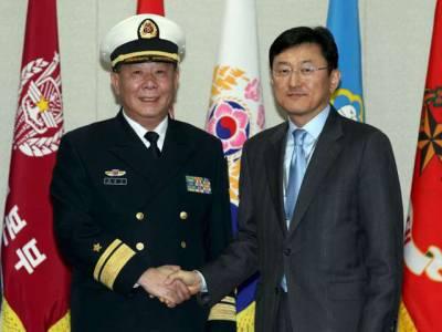 چین کے اعلیٰ ترین فوجی عہدیدار اظہار یکجہتی کے لئے ایک ایسے ملک پہنچ گئے کہ جان کر سعودی عرب شدید پریشان ہوجائے، یہ ملک ایران نہیں بلکہ۔۔۔