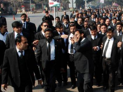پاکستان بار کونسل نے سانحہ کوئٹہ کے قاتلوں کی عدم گرفتاری کے خلاف 22اگست کو پارلیمنٹ کے باہر احتجاج کرنے کا اعلان کر دیا