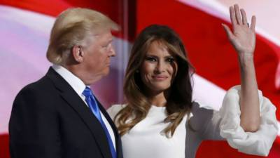 امریکی صدارتی امیدوار ڈونلڈ ٹرمپ کی بیوی ملانیا ٹرمپ کی زندگی کے خفیہ گوشے عیاں ہوگئے