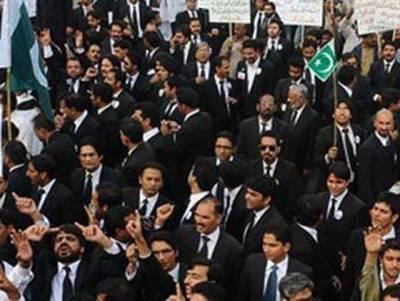مردان دھماکہ،وکلانے ہڑتال کا اعلان کردیا