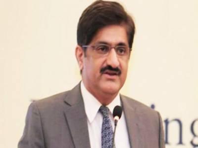 فٹ بال میچ میں مراد علی شاہ نے وزیر کھیل کی ٹیم کے خلاف 2 گول کردیے