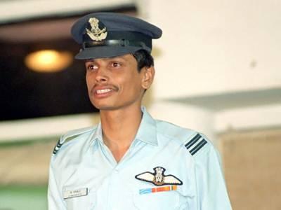 'پاکستانی ائیرفورس کے پائلٹ نے اُس دن میری جان بچائی، آج بھی اُس کا شکر گزار ہوں' بھارتی فوجی نے ناقابل یقین حد تک حیران کن واقعہ سے پردہ اٹھادیا، جان کر آپ کو فخر بھی ہوگا اور خوشی بھی