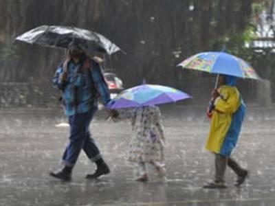 فیصل آباد اور گردونواح میں موسلا دھار بارش سے گرمی کا زور ٹوٹ گیا