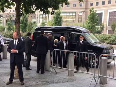 ہیلری کلنٹن لڑکھڑا کر گرپڑیں، نیم بے ہوش ، نمونیا ہوگیا