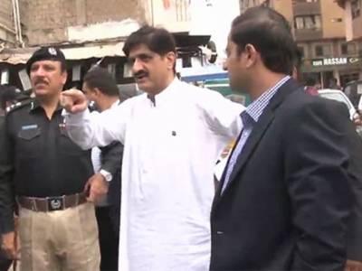 وزیراعلیٰ سندھ مراد شاہ کا بغیر پروٹوکول دادو کے بازار کا دورہ: عید کی شاپنگ بھی کی