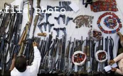 جعفر آباد میں سیکیورٹی فورسز نے کالعد م تنظیم کے ٹھکانے پربھاری مقدار میں اسلحہ برآمد کر لیا