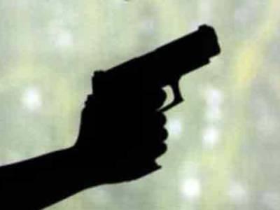 نامعلوم افراد کی گھر میں گھس کر فائرنگ، میاں بیوی دوبیٹیوں سمیت جاں بحق