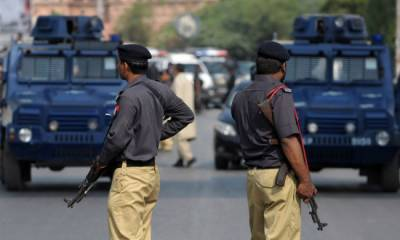 فیصل آباد میں لیگی لیڈروں کے گھروں سے اسلحے کے ڈھیر ملنے کے بعد حکومت نے آپریشن روک دیا