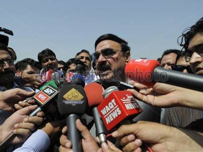 تمام امیدیں سپریم کورٹ سے وابستہ ہیں ،پوری کوشش ہے حکومت چلی جائے : شیخ رشید