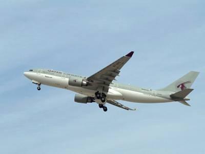 دوران پرواز بیگم کی موجودگی میں قطری شہری کی نوجوان لڑکی کیساتھ ایسی شرمناک حرکت کہ جہازمیں ہنگامہ کھڑاہوگیا