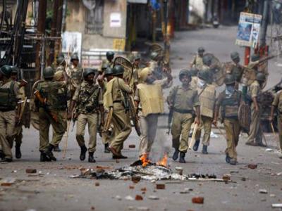 مقبوضہ کشمیر پر بھارت کے غاصبانہ قبضے کے خلاف کشمیری آج یوم سیاہ منا رہے ہیں