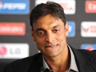 پاکستان ابھی تک غیر محفوظ ہے، غیر ملکی ٹیمیں کھیلنے نہ آئیں، شعیب اختر