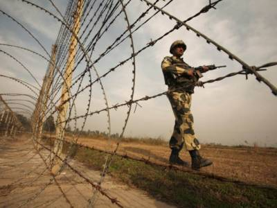 شکر گڑھ سیکٹر میں بھارتی فورسز کی بلا اشتعال فائرنگ ،5افراد زخمی، 40سالہ خاتون شہید