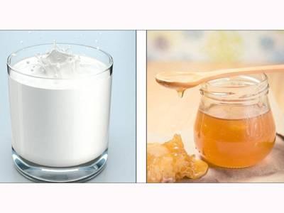 دودھ میں شہد ڈال کر پینے کا تو آپ نے سن رکھا ہوگا لیکن دراصل اس کا فائدہ کیا ہوتا ہے؟ یہ اب تک کسی کو معلوم نہ تھا