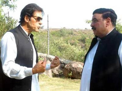 شیخ رشید کو پریڈ گراﺅنڈ جلسے میں ہر صورت شرکت کی دعوت، میں اور پرویز خٹک آپ کا استقبال کریں گے: عمران خان